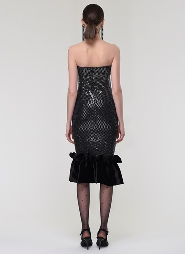 Nur Karaata Elbise Siyah